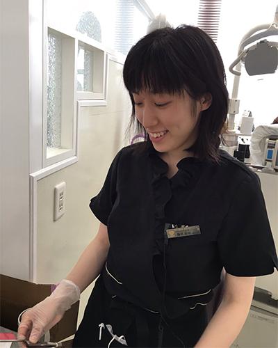 歯科助手 藤井 彩花